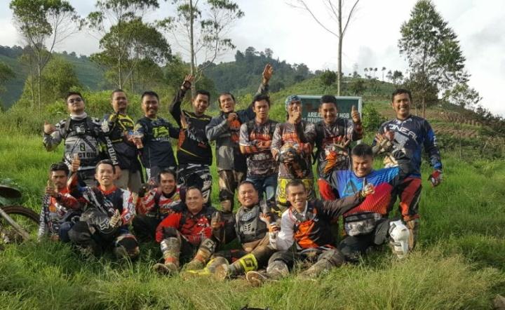 Ngobrolmotorcross bersama Serigala Cross, Baja Bandung dan Sugat Subang