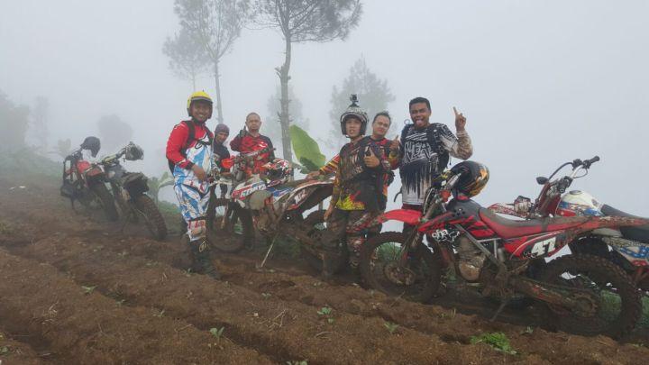 Ulle bersama Komunitas PATAL Bandung