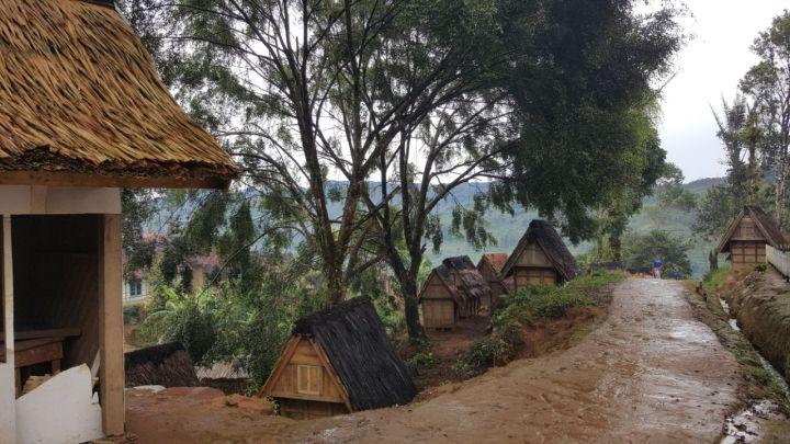 Salah satu sudut desa adat Ciptagelar