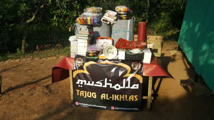 Amanah Baksos dari Anggota KOTAK karawang dan Para Donatur Hamba Alloh SWT